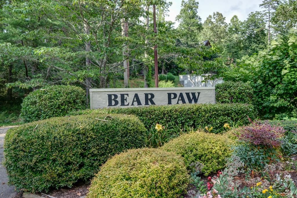 Bear Paw Resort Entrance