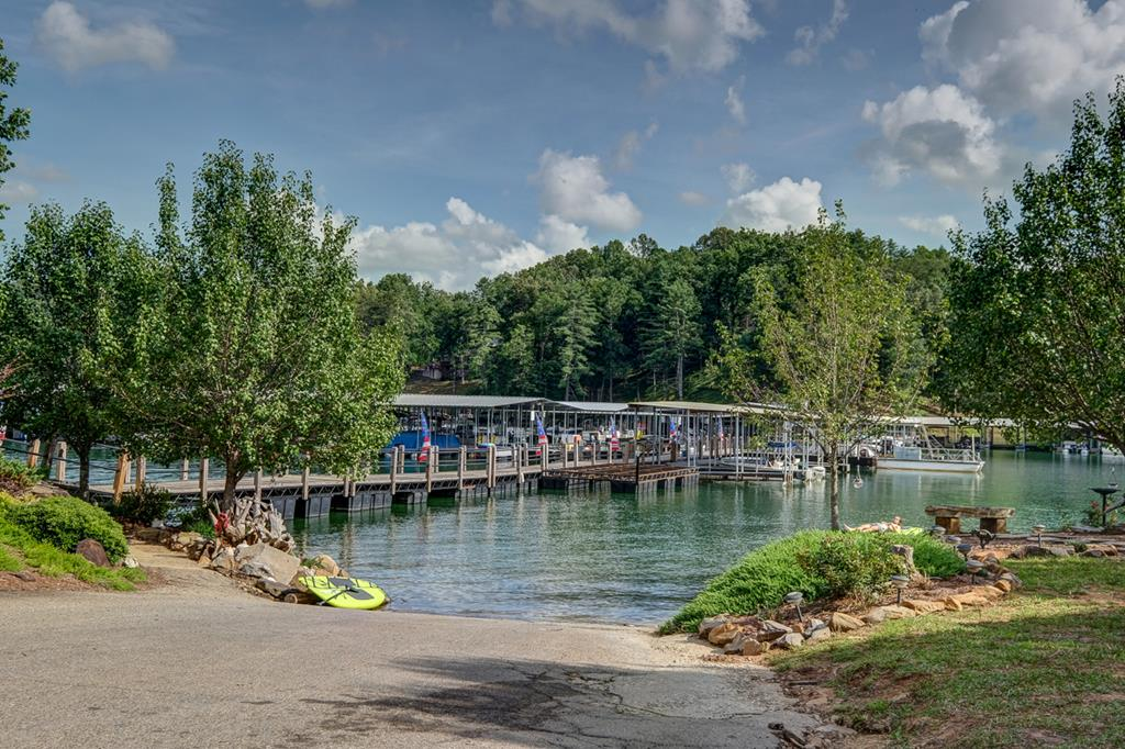 Boat Ramp to Lake & Marina