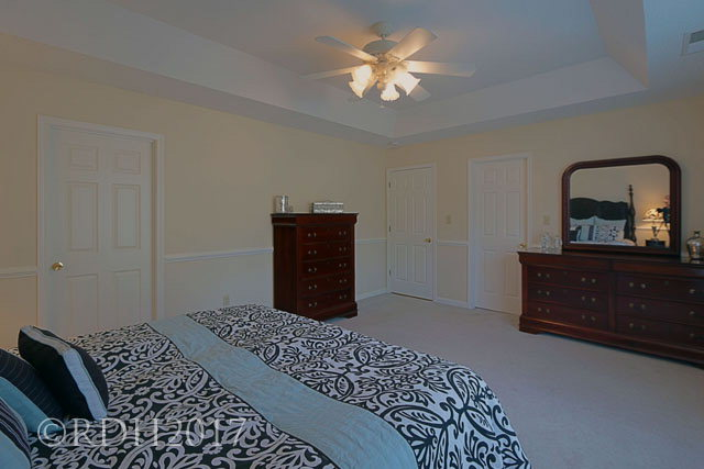 Master bedroom Out