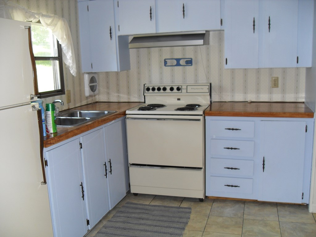 Kitchen/Mobile Home